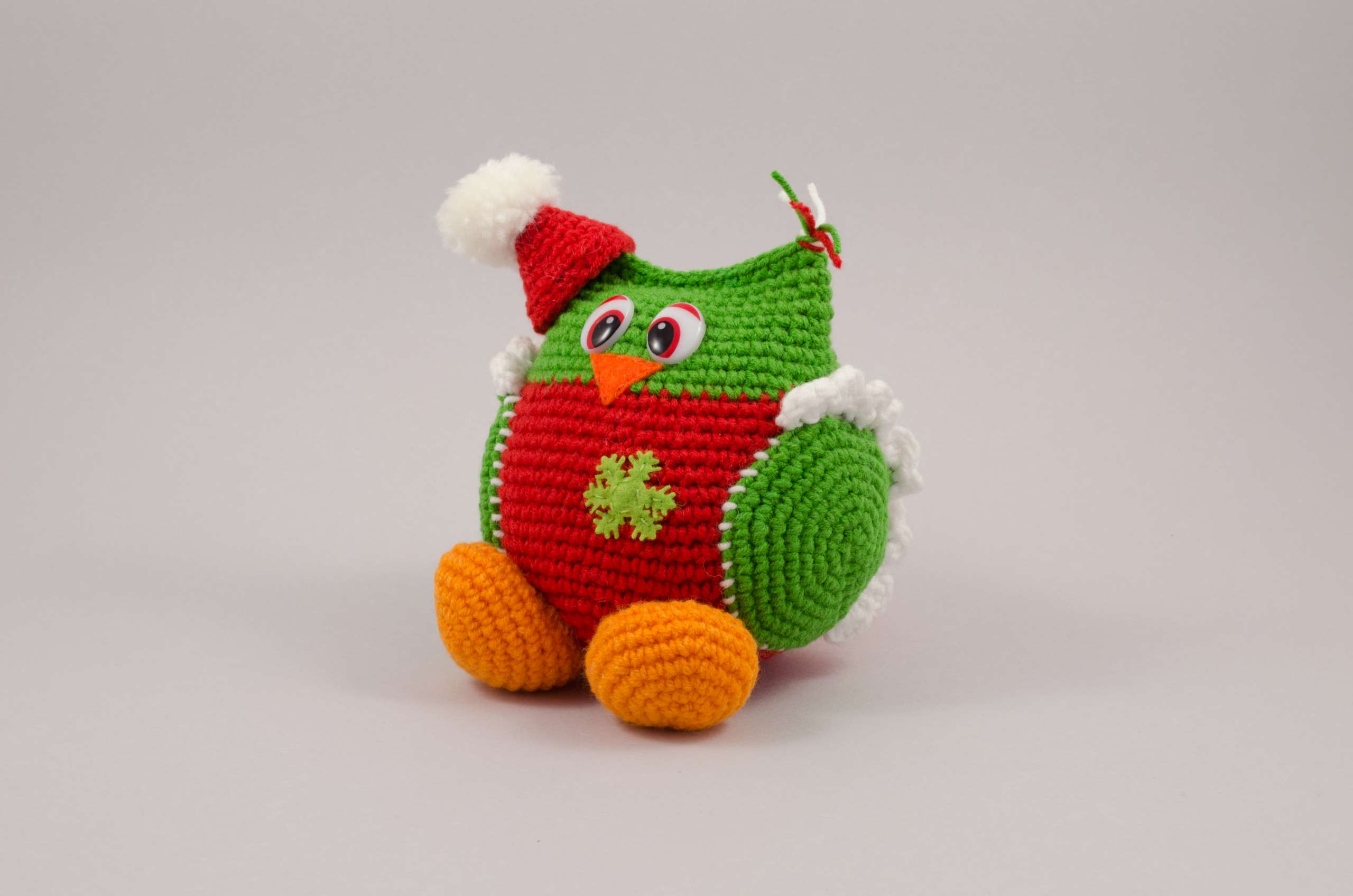 crochet christmas owl front view
