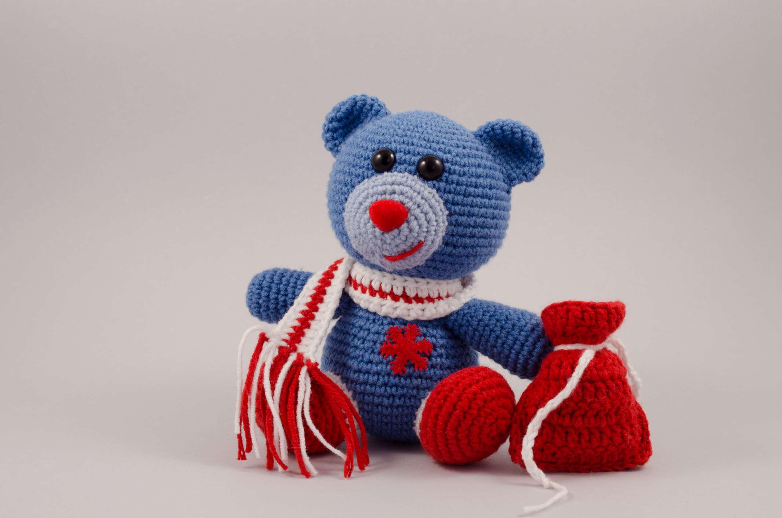 crochet Christmas bear front view