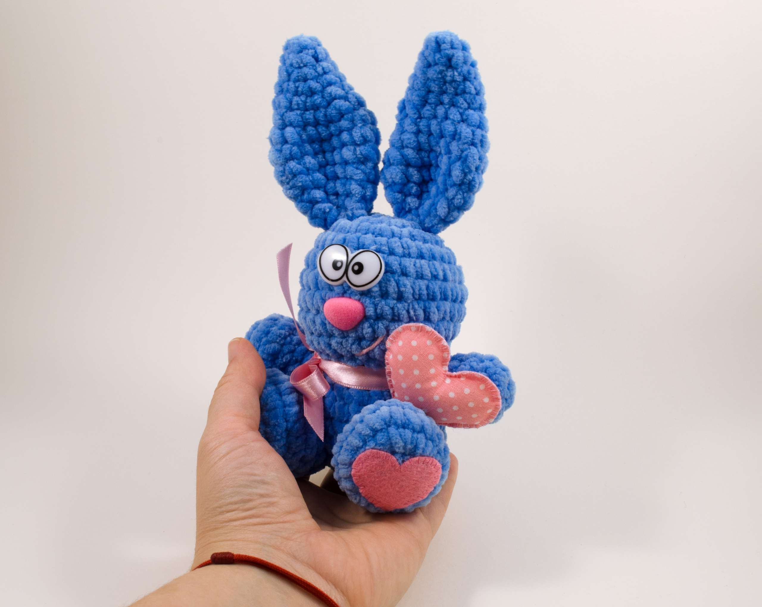 crochet valentine bunny front view