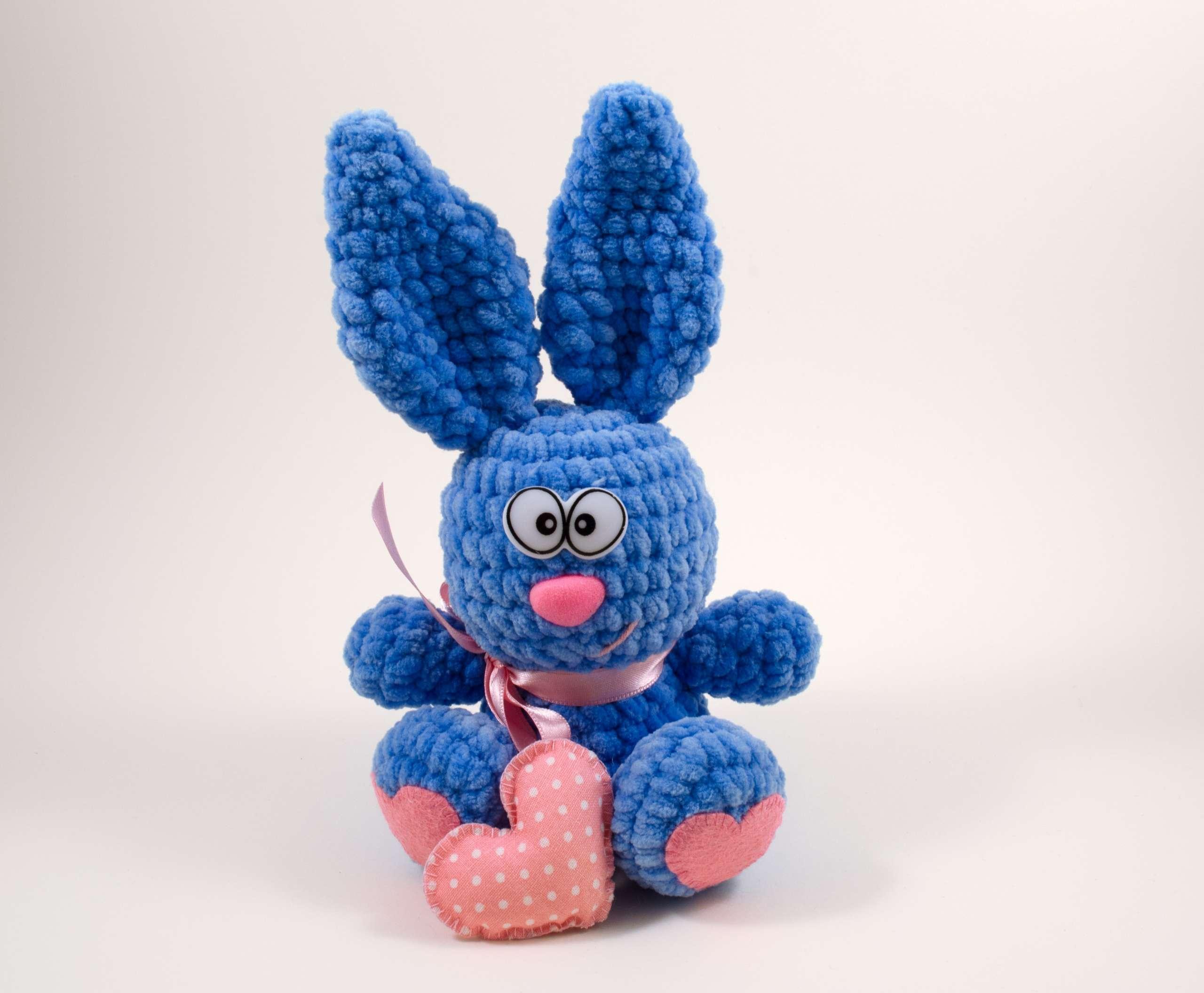 crochet valentine bunny front view