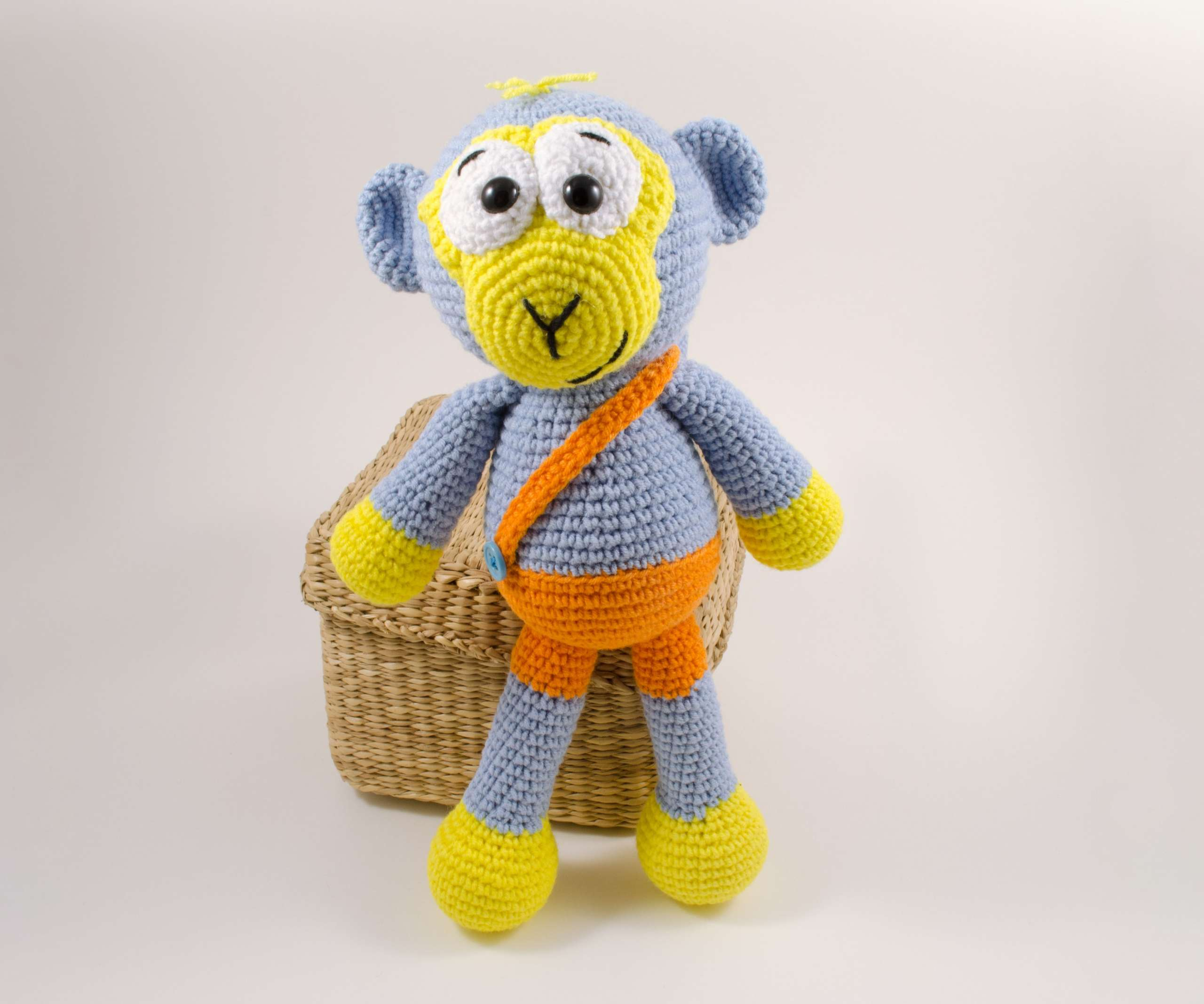 amigurumi blue monkey front view