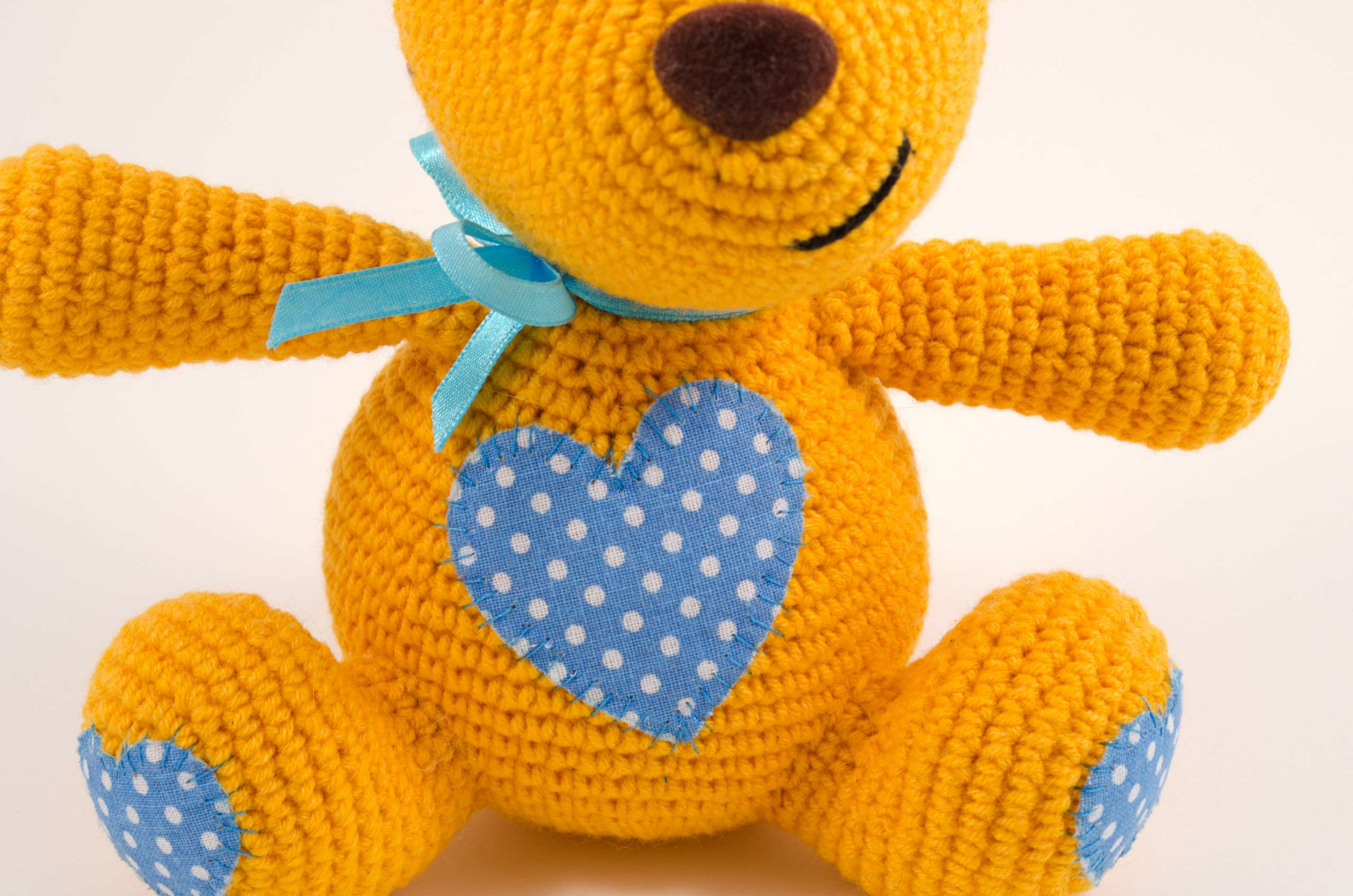 amigurumi teddy bear close up view