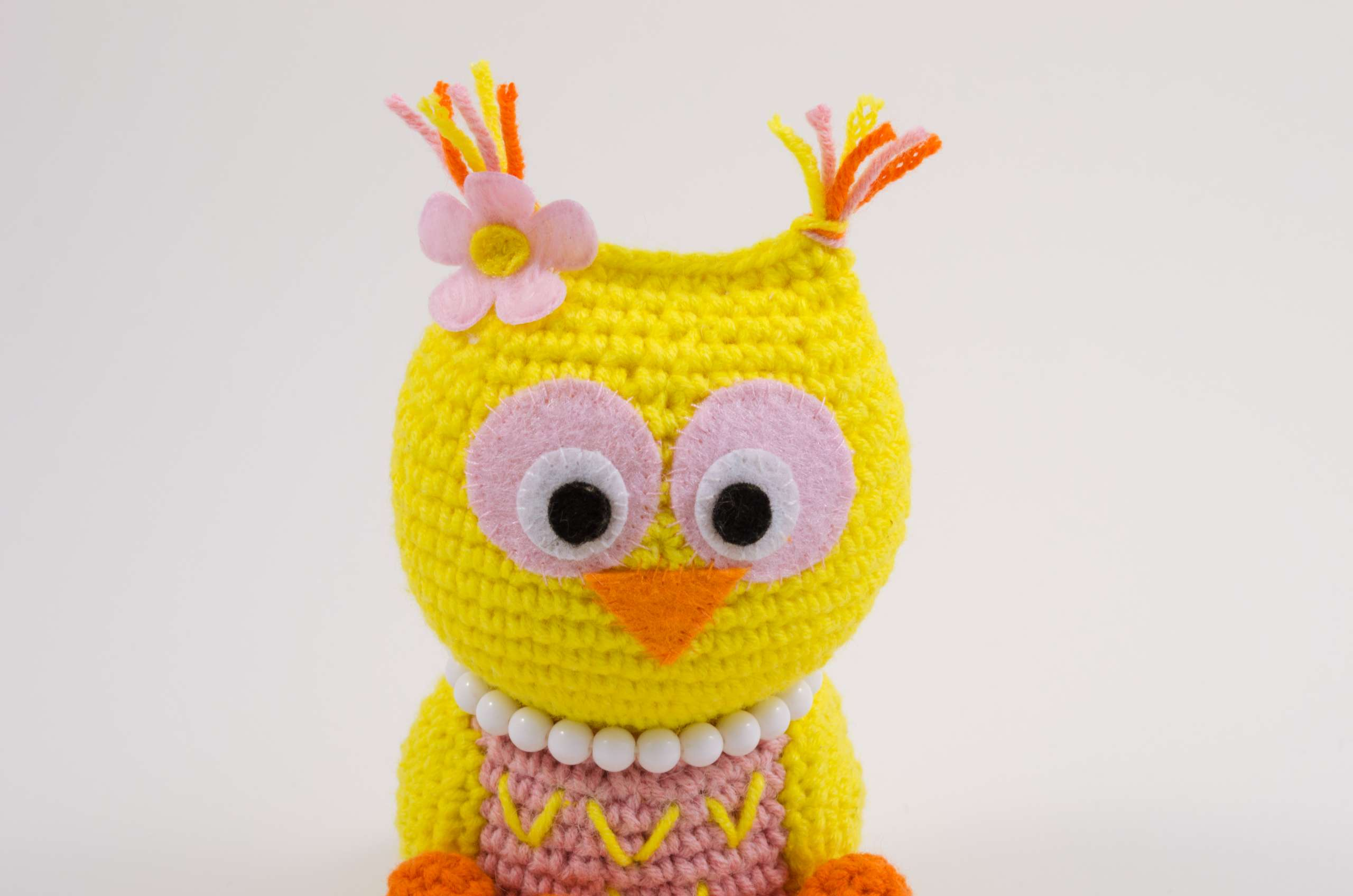 crochet baby owl close up view
