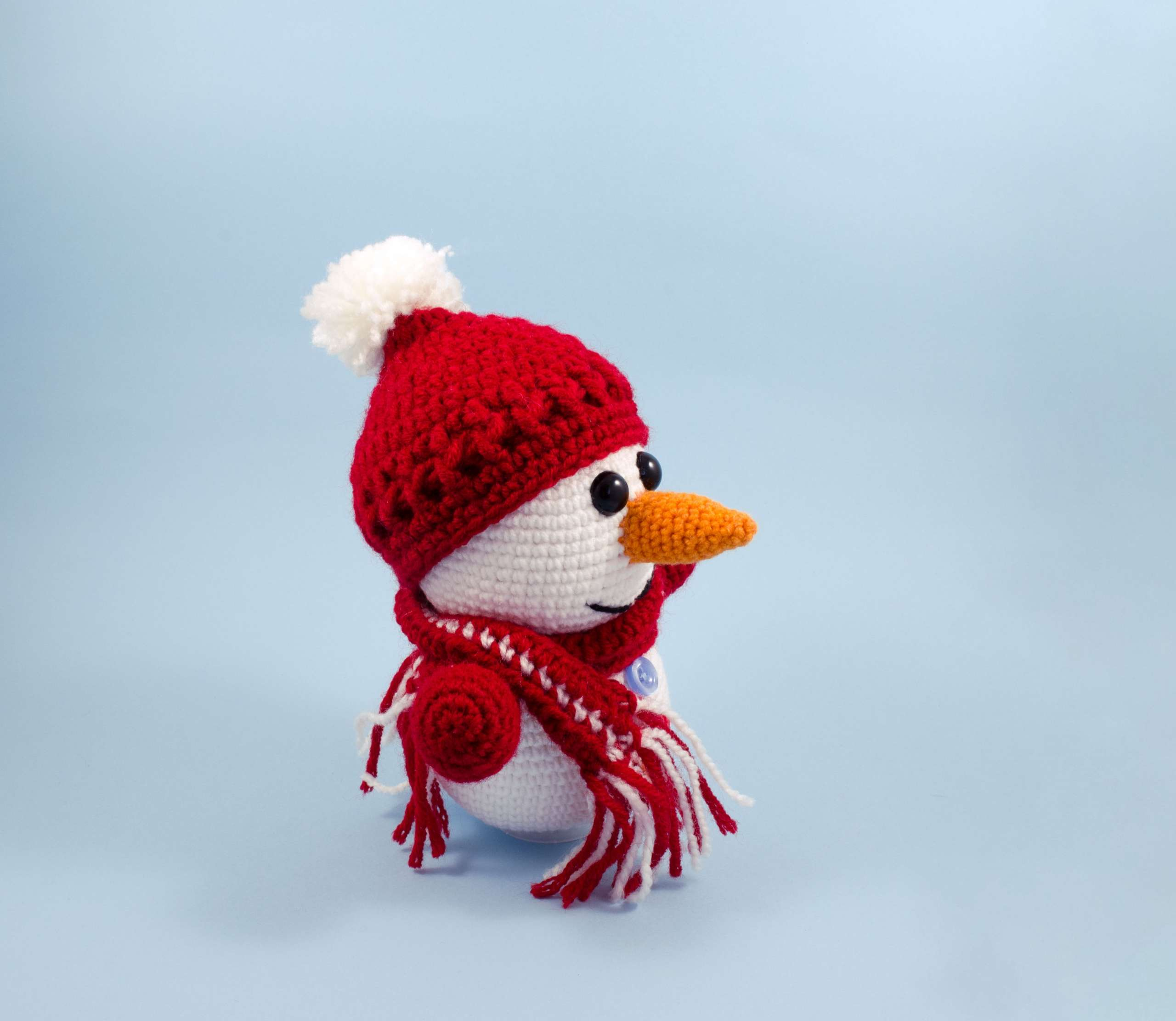crochet snowman side view