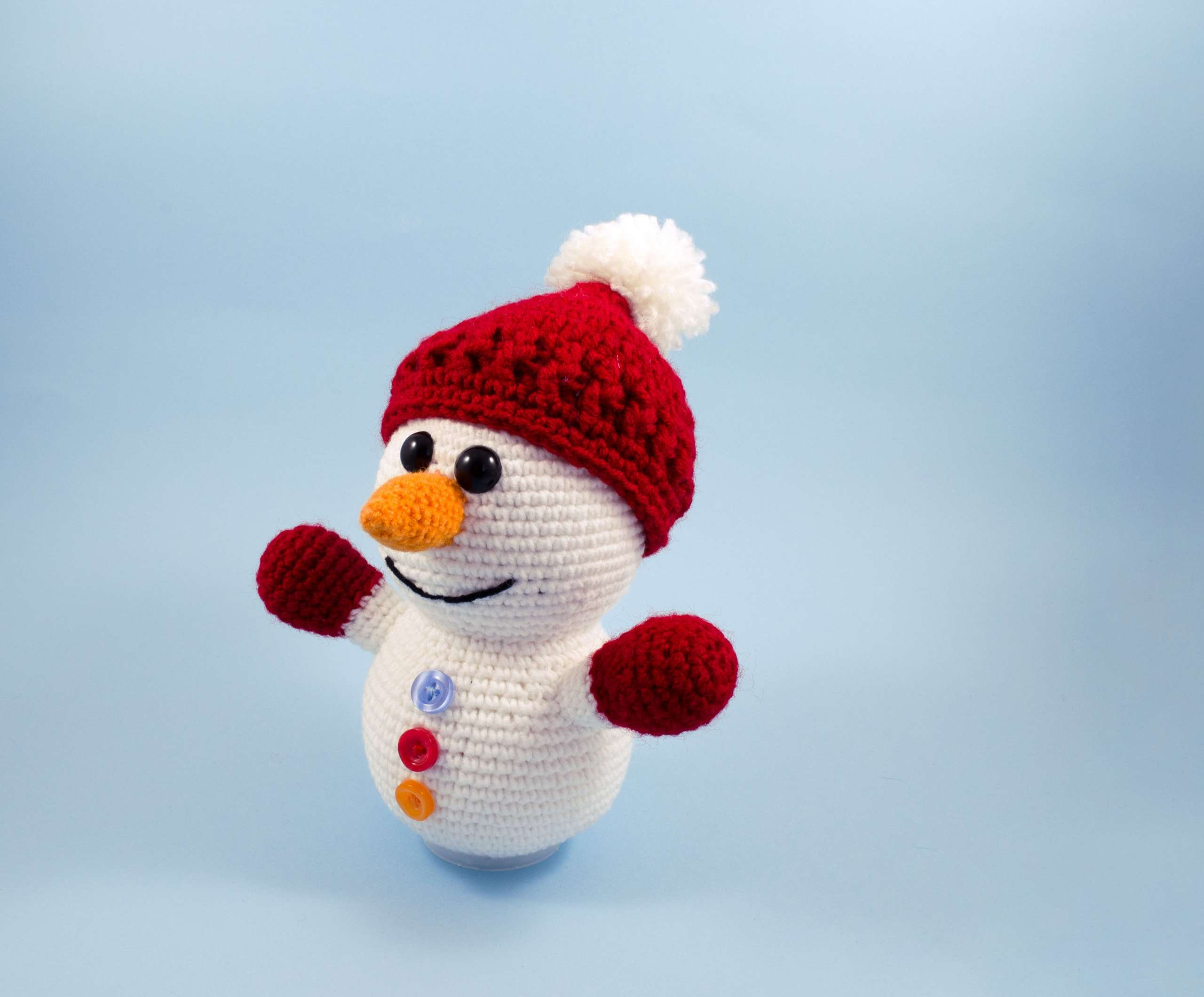 amigurumi little snowman toy side view