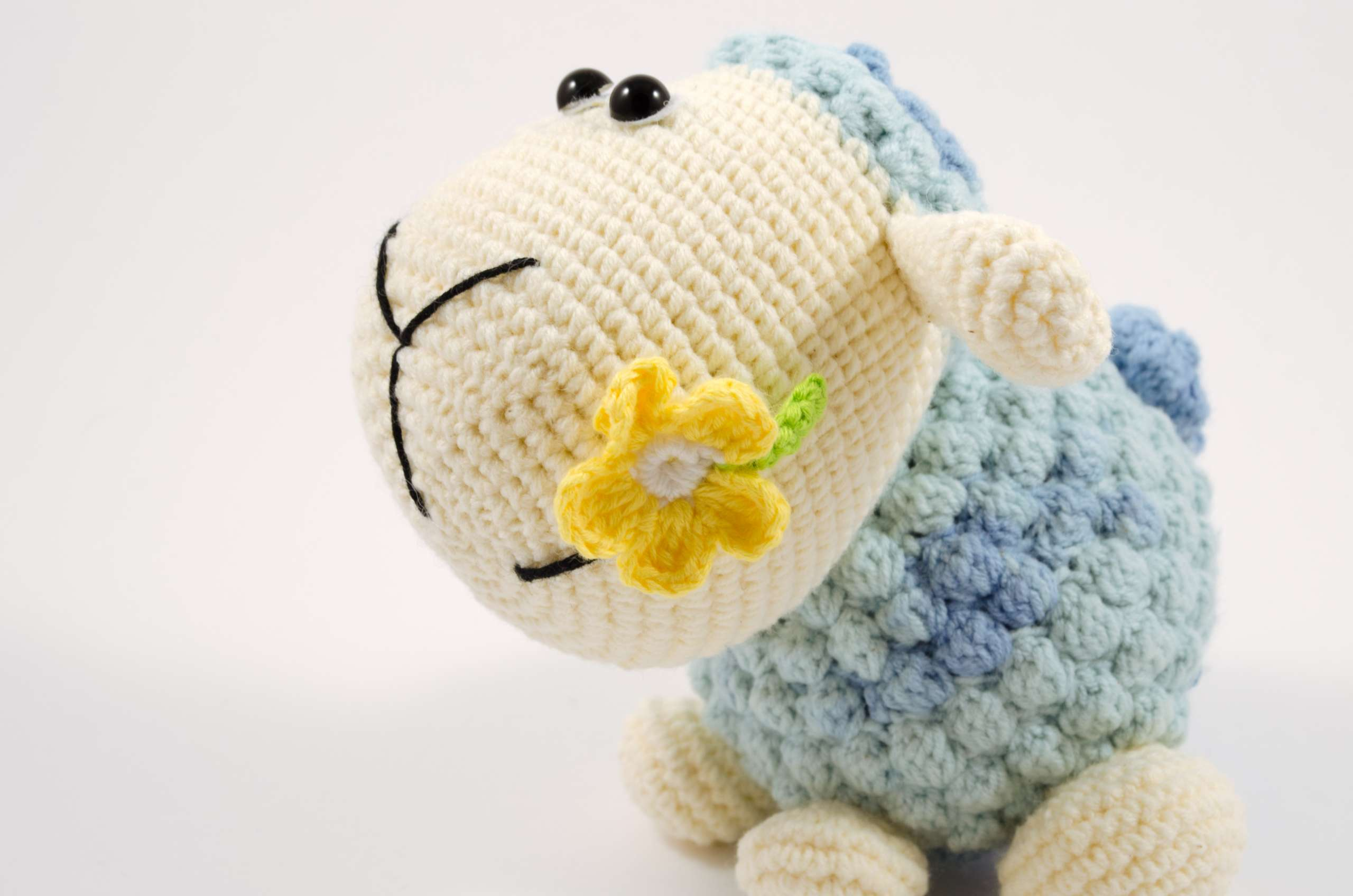 amigurumi lamb side view