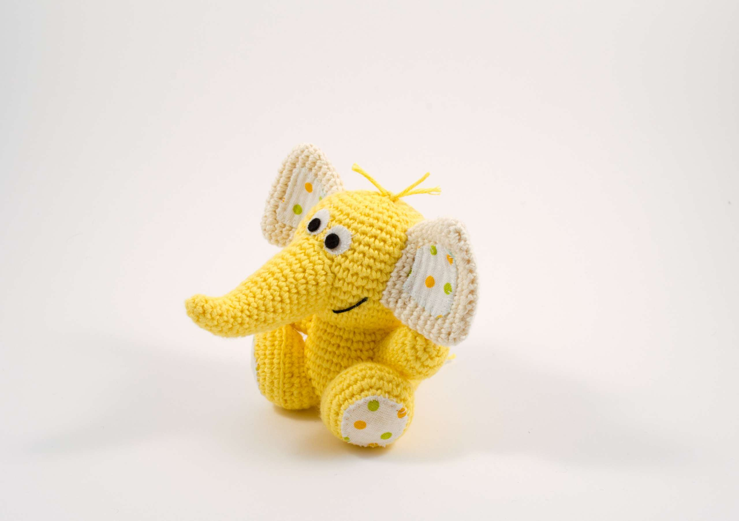 amigurumi baby elephant side view
