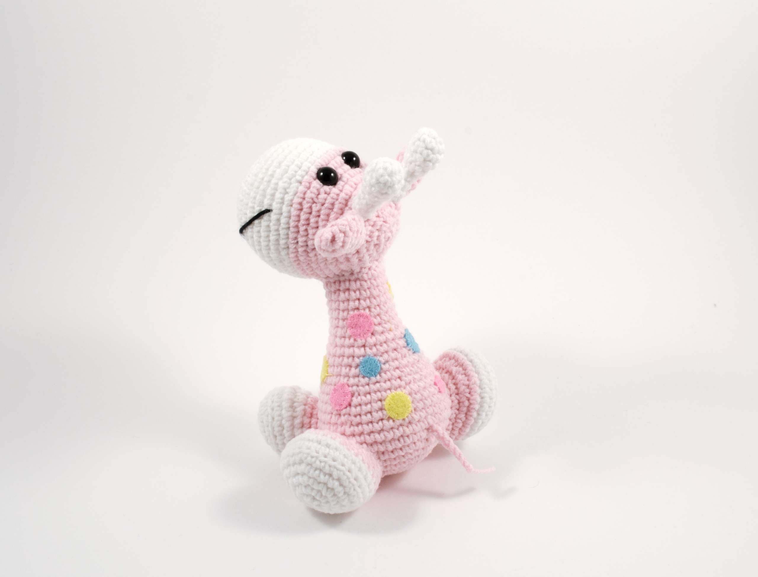 crochet pink giraffe side view
