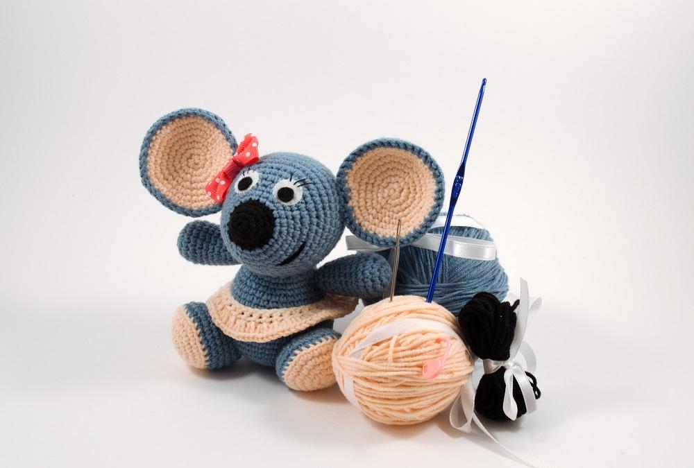 crochet mouse diy kit