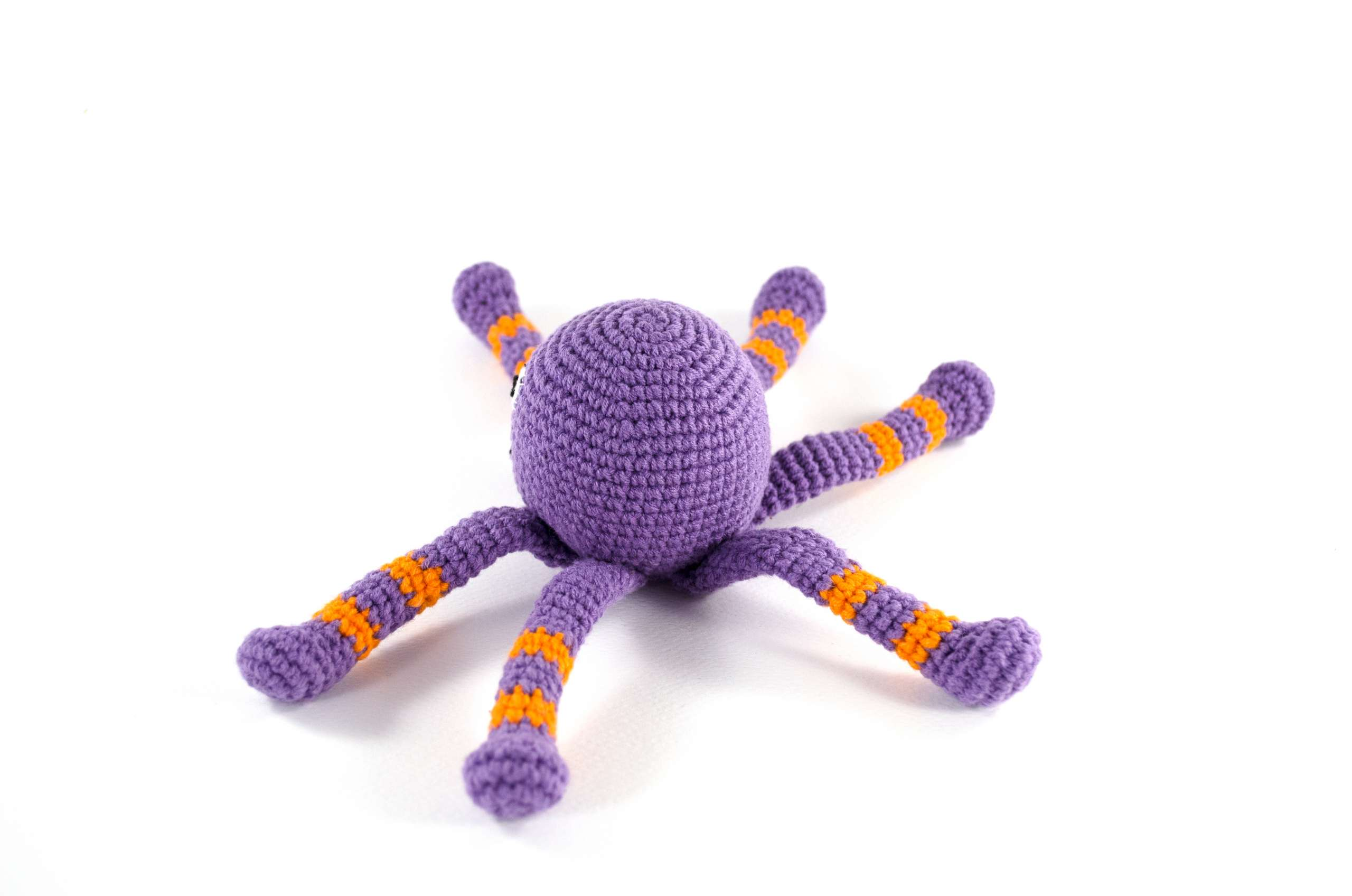 crochet spider back view