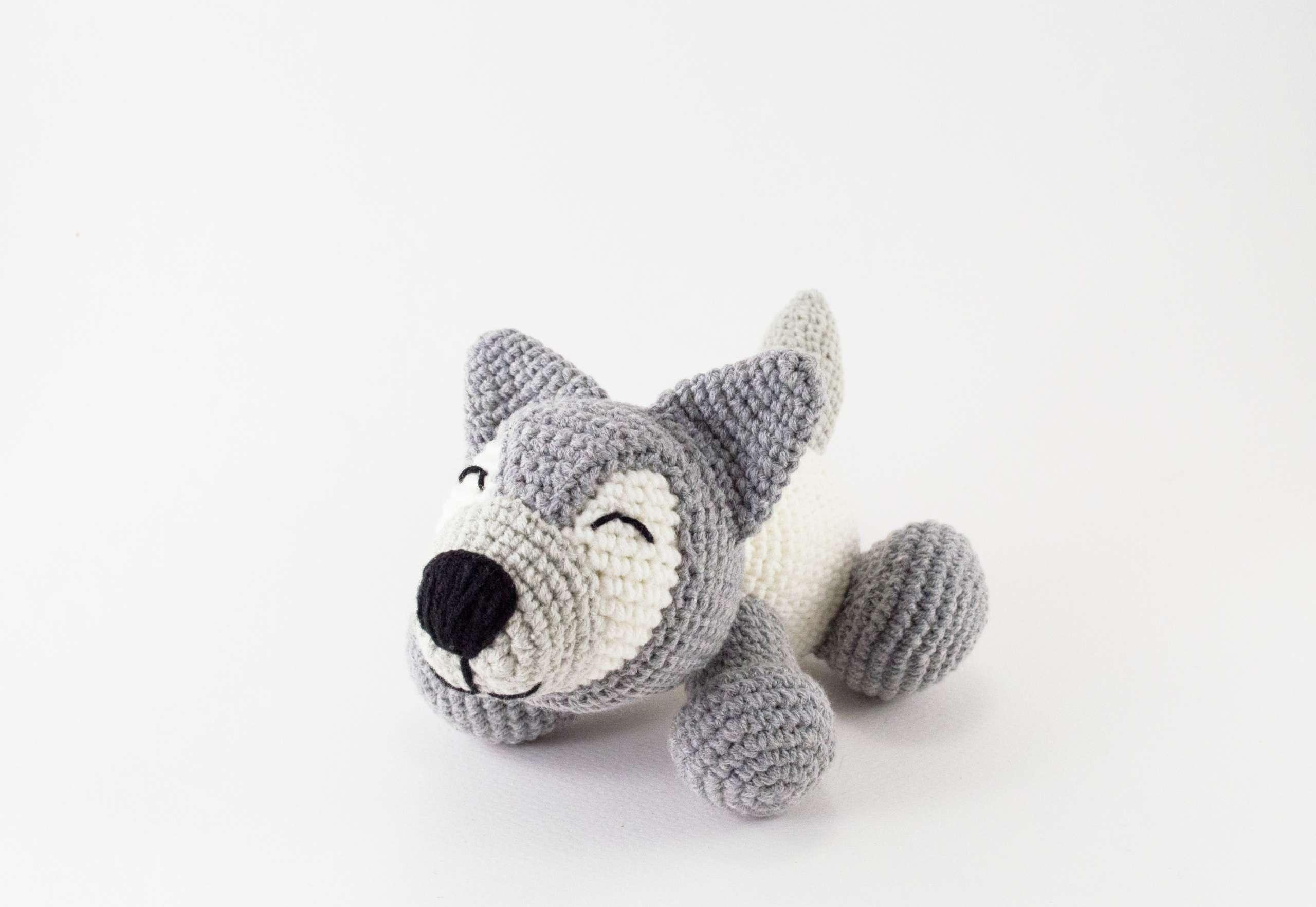 crochet husky dog toy