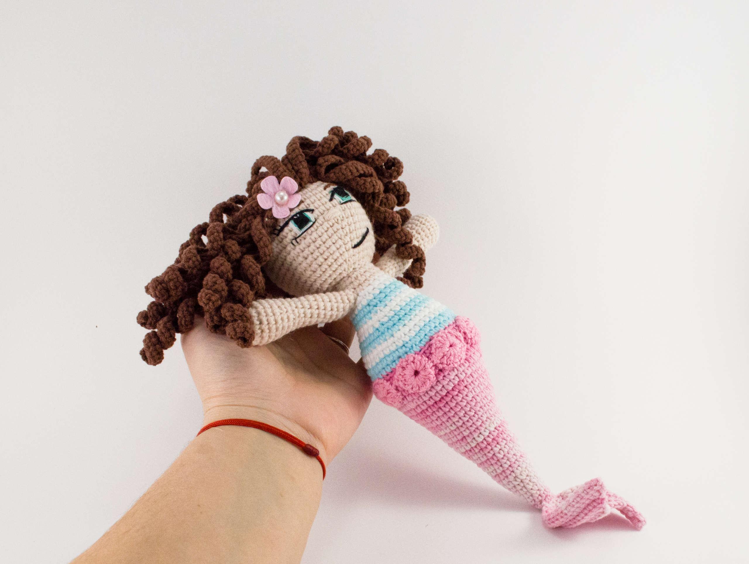 crochet sea siren side view
