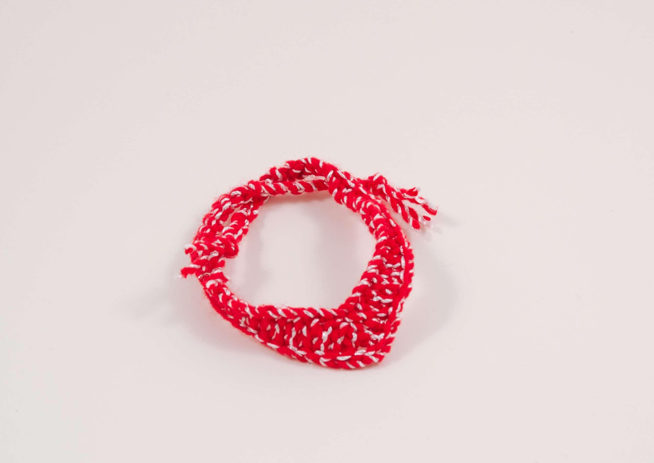 crochet red trinagle scarf