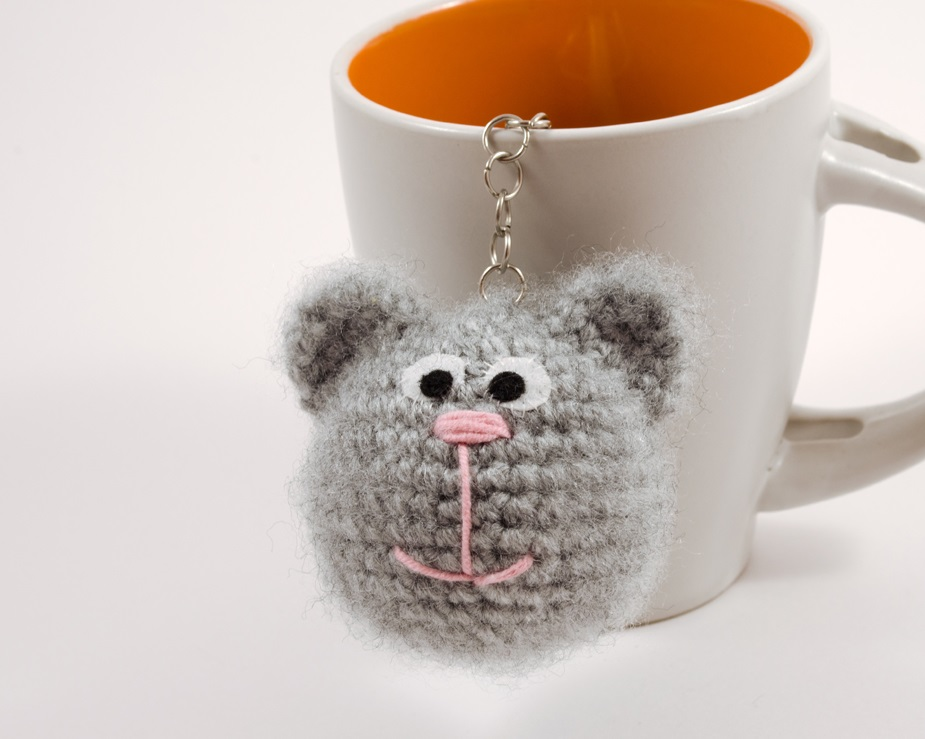 crochet kitty key charm