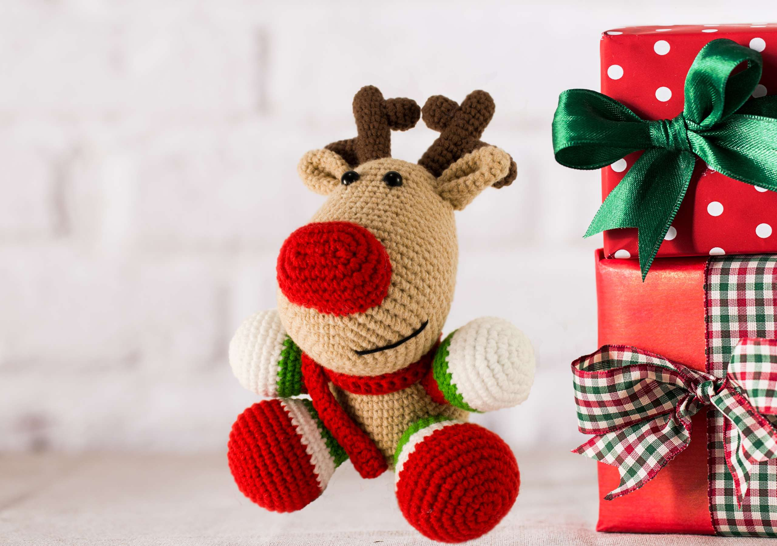 crochet christmas reindeer toy front view